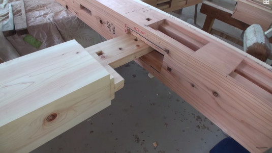 Expert Japanese Carpenters Make Wooden buildings without Using Nails!-