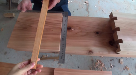 Expert Japanese Carpenters Make Wooden buildings without Using Nails!-2