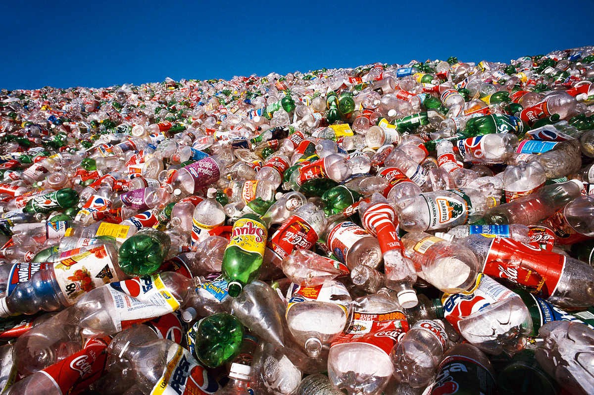 Revolutionary Technology To Produce Paper From Plastic Bottles In Trash-3