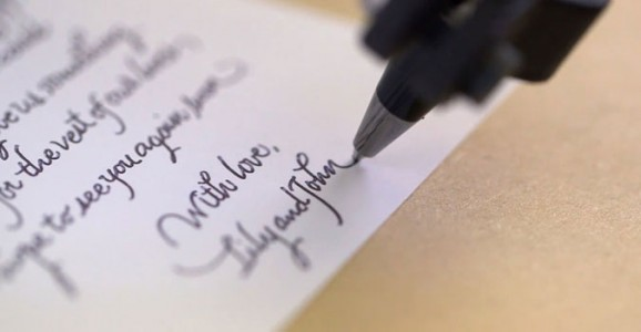 This Little Robot Can Imitate Your Handwriting With Perfection-2