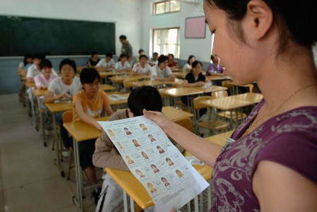 20 Mind Blowing Photos From Dreaded Chinese University Entrance Exam-19