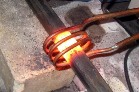 Induction Forge: Video Shows The Induction Heating In Action-