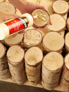 A man makes a wonderful coffee table using birch logs-4