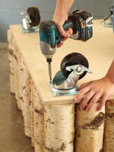 A man makes a wonderful coffee table using birch logs-8