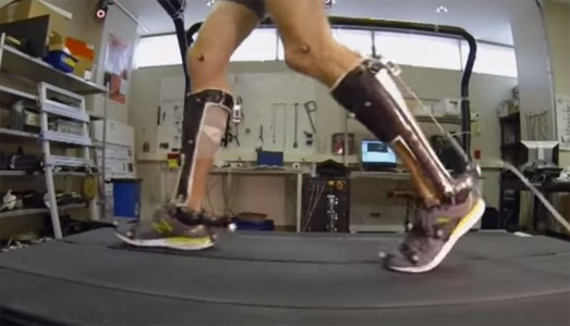 People With Reduced Mobility Can Use This Revolutionary Exoskeleton To Walk-3