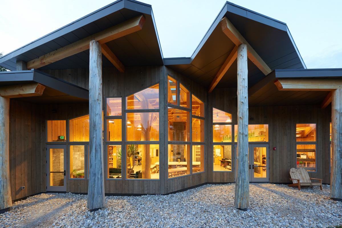 Top 14 Mindblowing Wooden Buildings in US-12