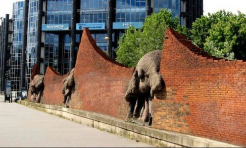 10 Most Ugly French Monuments That Destroy The Landscape-6