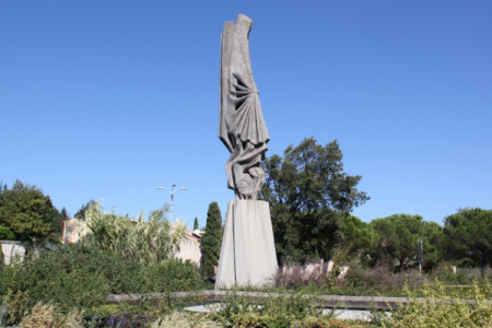 10 Most Ugly French Monuments That Destroy The Landscape-8