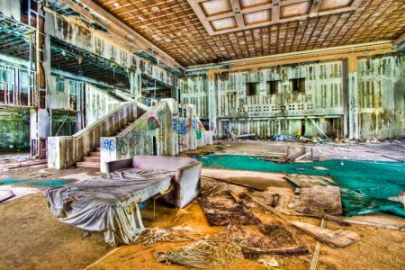 12 Most Creepy Abandoned Hotels For Lovers Of Abandoned Places-5
