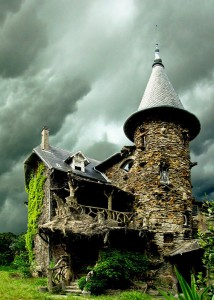 16 Mystical But Real Houses Where You'd Love To Live-22