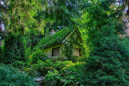16 Mystical But Real Houses Where You'd Love To Live-5
