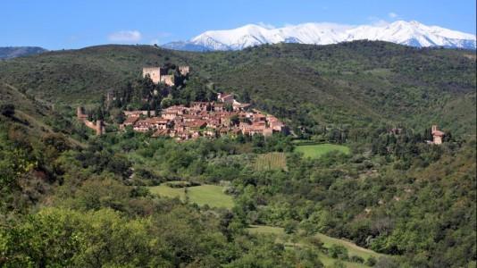 Castelnou-Languedoc-Roussillon-Region-Beautiful-France