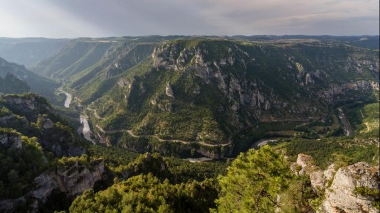 Les-Gorges-du-Tarn-Languedoc-Roussillon-Beautiful-France
