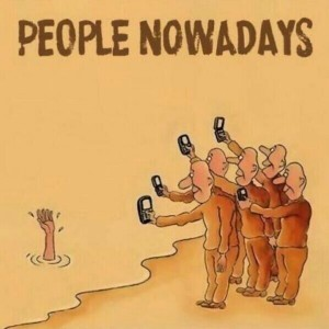 Top 15 Satirical Drawings About Addiction To Smartphones-6