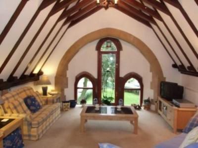 Top 19 Worst Real Estate Photos-