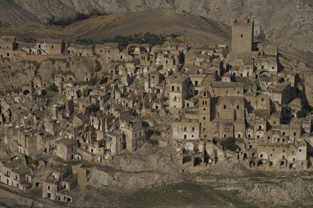 Craco-10 Most Fascinating Ghost Towns From The past-6