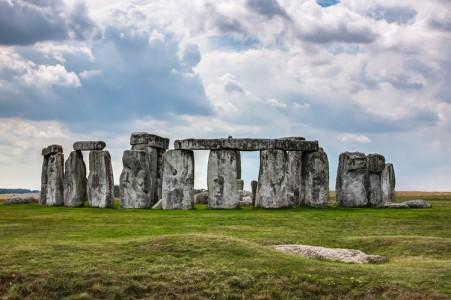The secrets underground the Stonehenge