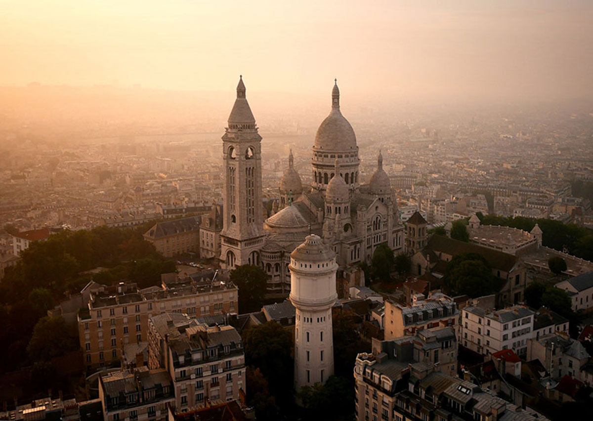 The Sacré-Coeur, Paris-21 Most Beautiful Places Photographed By Drones Where Overflight Is Illegal Today-15