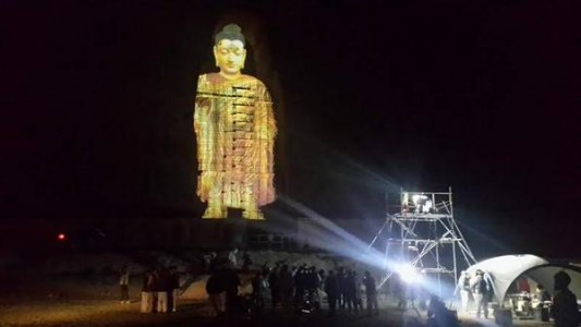 3D Hologram Technology Used To Resurrect Destroyed Buddha Statues In Afghanistan-1