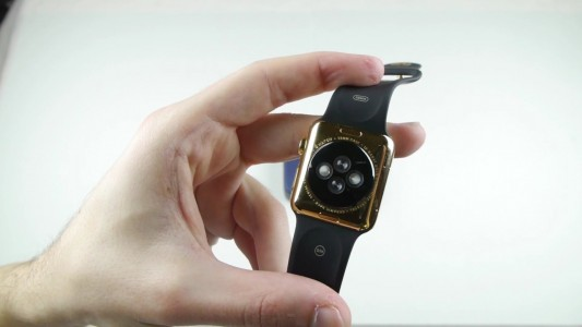 See What Happens When $10,000 Apple Watch Is Smashed By Powerful Magnets?-2