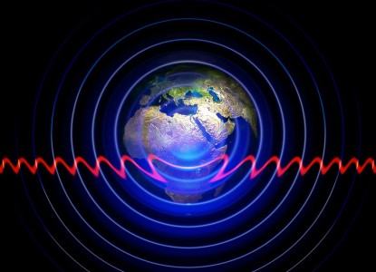 Smartphones Will Soon Be Recharged By Their Own Radio Waves-1
