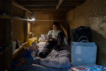 Stunning Images Of People Living In Very Small Rooms In Japan-5