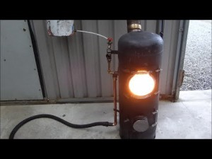 Wonderful DIY video: Generate Free Heat For Your home From Waste Oil Or Wood-