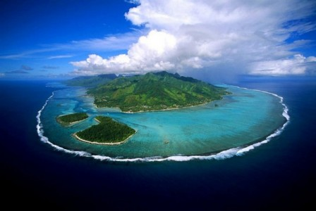 10 Most Beautiful Blue Lagoons In The World-1