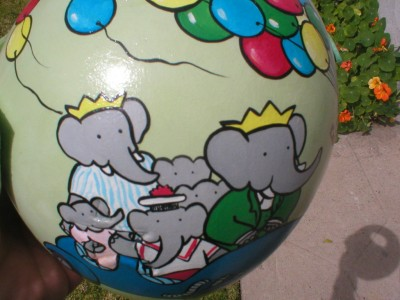 Artist Brings Smiles To Babies By Transforming Their medical Helmets Into Artworks-21