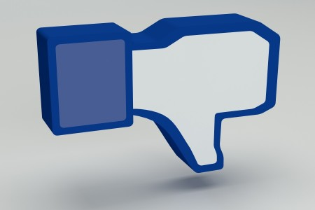 Attention!!! 9 Things To Never Post On Facebook-3