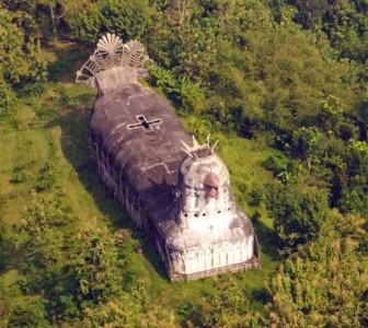 There Is An Abandoned Church In Indonesia That Looks Like A Huge Chicken -8