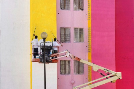 To Unite The Community Against Violence Artists Paint A Mural On 200 Houses -11