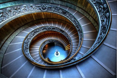 30 Absolutely Mesmerizing Spiral Staircase Designs From Around The World-27
