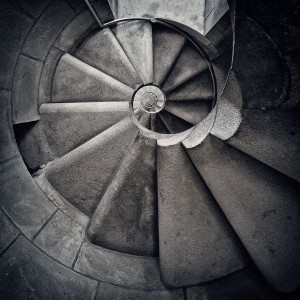 30 Absolutely Mesmerizing Spiral Staircase Designs From Around The World-9