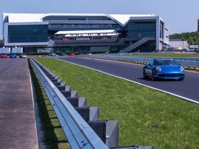 Amazing Photos Of Porsche's Glossy $100-million Headquarters In Atlanta-5