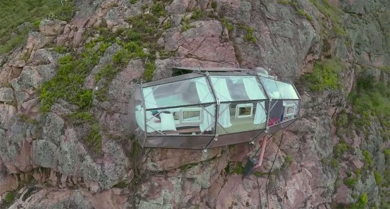 Dare To Spend A Night In These Dizzying Capsules More Than 100 Meters High-12