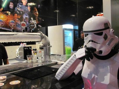 Enjoy A Meal In A Far Galaxy Thanks To This Restaurant In The Colors Of Star WarsEnjoy A Meal In A Far Galaxy Thanks To This Restaurant In The Colors Of Star Wars-1