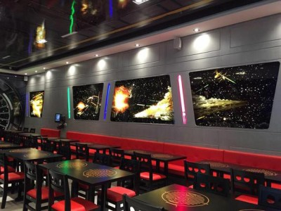Enjoy A Meal In A Far Galaxy Thanks To This Restaurant In The Colors Of Star WarsEnjoy A Meal In A Far Galaxy Thanks To This Restaurant In The Colors Of Star Wars-6