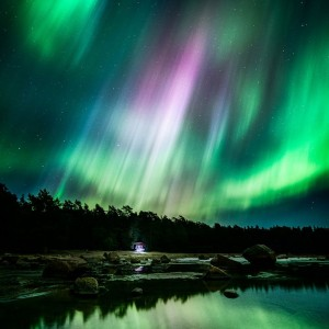 Enjoy The Stunning Beauty Of Finland's Landscapes In Starry Nights-1
