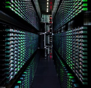 Google Gives A Rare Glimpse Into Its Gigantic Network Infrasture Used To Provide Its Various Services-8