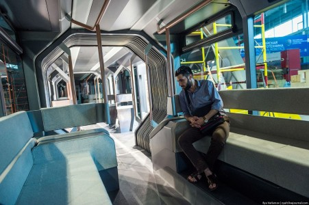 Russian One: The New High-Tech And Luxurious Russian Tram In Photos-12