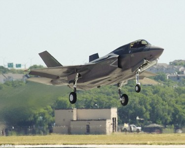 See The Devastating Machine Gun Of F-35 Fighter Fire At 3,000 Bullets Per Minute-1