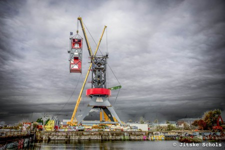 This Amazing Luxury Hotel In Amsterdam Was Built In A Dockside crane-13