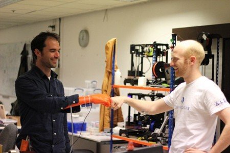 This Cost-Effective But Advanced Robotic Hand Helps Amputees Improve Quality Of Life-2