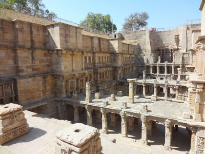 Admire These 2000 Year Old Somptous Buildings In India Destined To Disappear-13