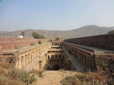 Admire These 2000 Year Old Somptous Buildings In India Destined To Disappear-17