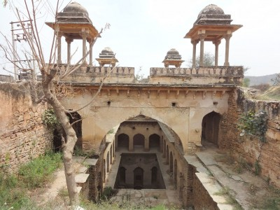 Admire These 2000 Year Old Somptous Buildings In India Destined To Disappear-19