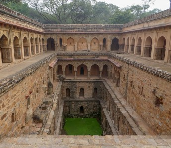 Admire These 2000 Year Old Somptous Buildings In India Destined To Disappear-2
