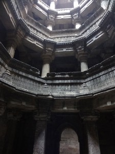 Admire These 2000 Year Old Somptous Buildings In India Destined To Disappear-23