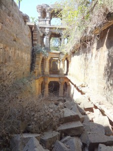 Admire These 2000 Year Old Somptous Buildings In India Destined To Disappear-28